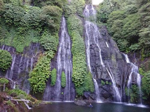 Banyumala waterfall DSC09766-min